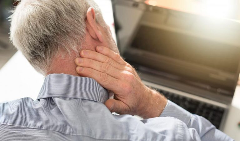 Why the back of the head hurts and what to do about it